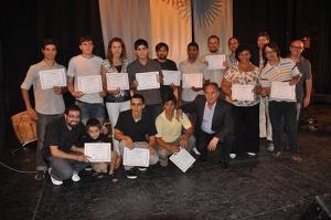 entrega de certificado  escuela de musica cine 2012 19hs 111 (4)